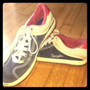 Vintage Simple Athletic Shoes